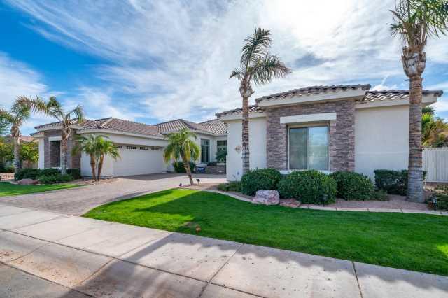 Photo of 943 E COCONINO Place, Chandler, AZ 85249