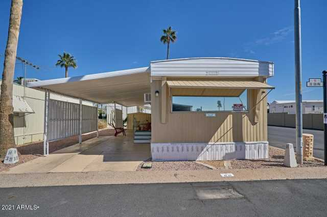 Photo of 7807 E MAIN Street #H-39, Mesa, AZ 85207