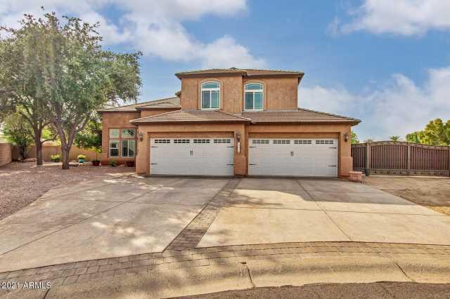 Photo of 8221 W GEORGIA Avenue, Glendale, AZ 85303