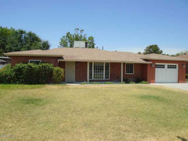 Photo of 814 E LAWRENCE Road, Phoenix, AZ 85014