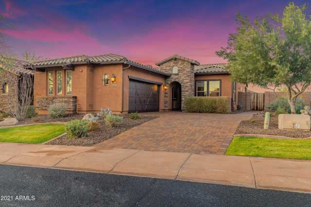 Photo of 12120 W DESERT MIRAGE Drive, Peoria, AZ 85383
