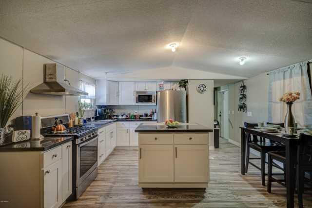 Photo of 5601 W MISSOURI Avenue #287, Glendale, AZ 85301