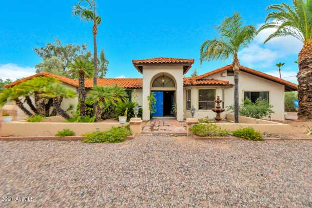 Photo of 5733 E CAMELBACK Road, Phoenix, AZ 85018