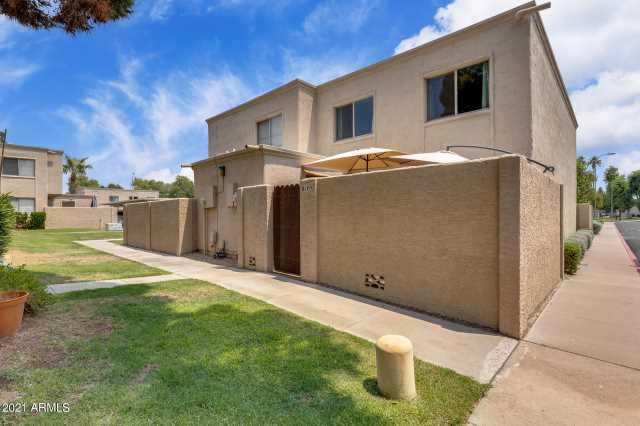 Photo of 8105 E GLENROSA Avenue, Scottsdale, AZ 85251