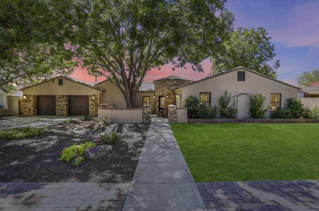 Photo of 7826 N 16TH Lane, Phoenix, AZ 85021