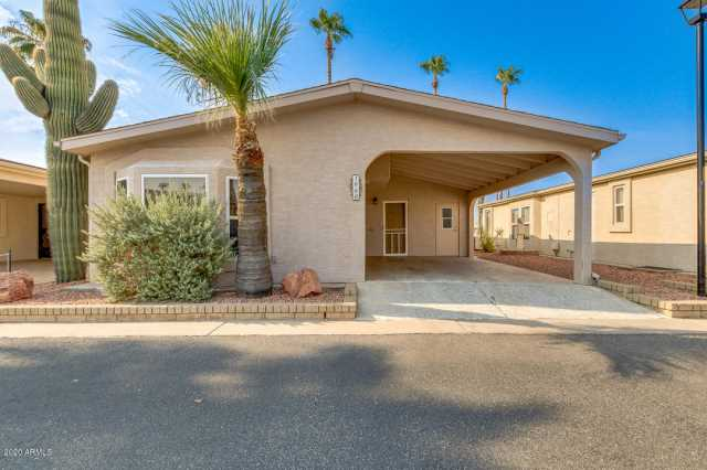 Photo of 1960 E CHERRY HILLS Drive, Chandler, AZ 85249