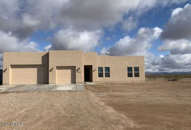Photo of 23210 W LONE MOUNTAIN Road, Wittmann, AZ 85361