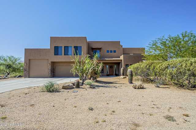 Photo of 817 E Irvine Road, Phoenix, AZ 85086