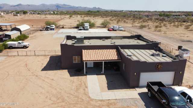 Photo of 25325 W PEAK VIEW Road, Wittmann, AZ 85361