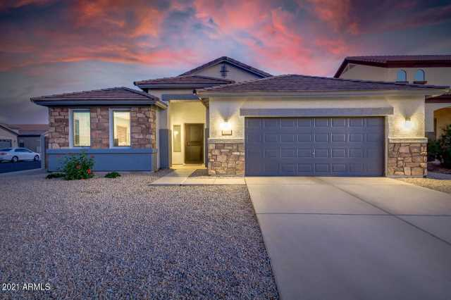 Photo of 1637 W VINEYARD PLAINS Drive, Queen Creek, AZ 85142