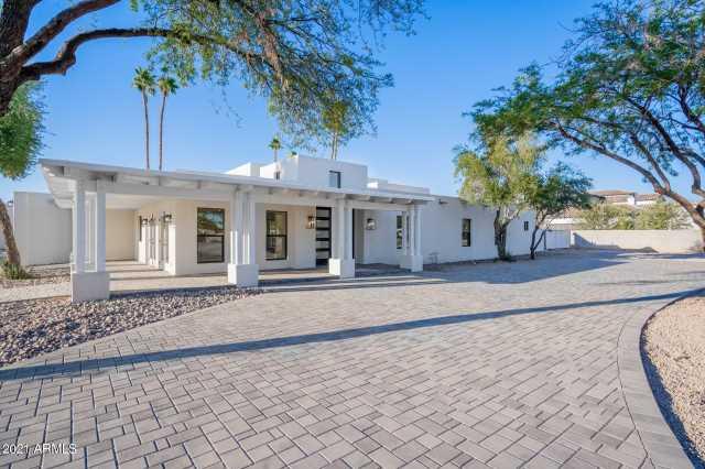 Photo of 9626 E KALIL Drive, Scottsdale, AZ 85260