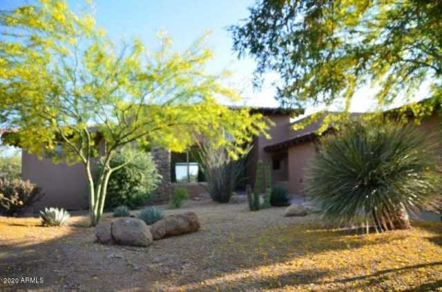 Photo of 9933 E LOOKOUT MOUNTAIN Drive, Scottsdale, AZ 85262