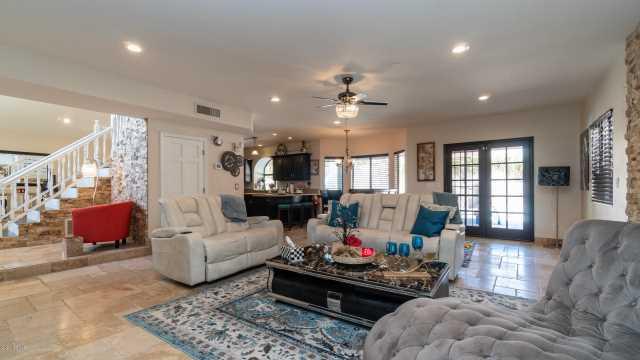 Photo of 3646 E LAVENDER Lane, Phoenix, AZ 85044