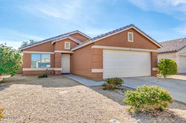Photo of 15827 W ADAMS Street, Goodyear, AZ 85338