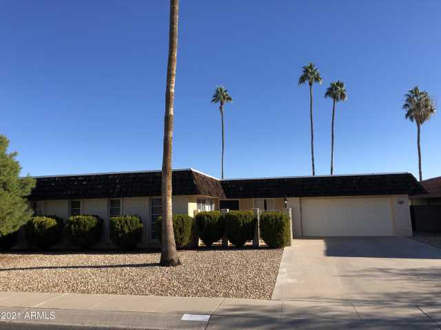 Photo of 13825 N CROWN Point, Sun City, AZ 85351
