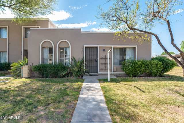 Photo of 5977 E THOMAS Road, Scottsdale, AZ 85251