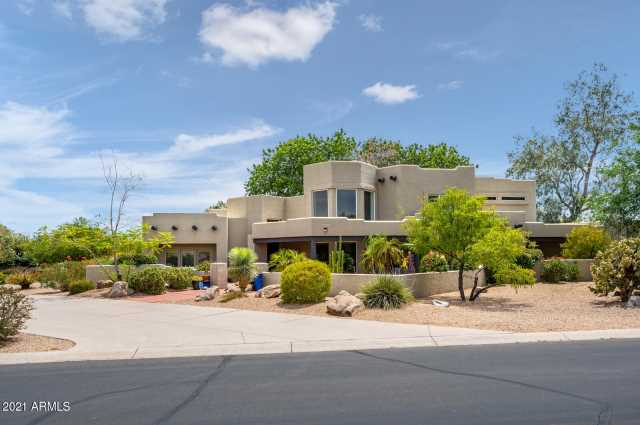 Photo of 4929 E COCHISE Road, Paradise Valley, AZ 85253
