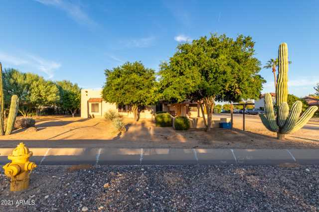 Photo of 7327 N PERRYVILLE Road, Waddell, AZ 85355