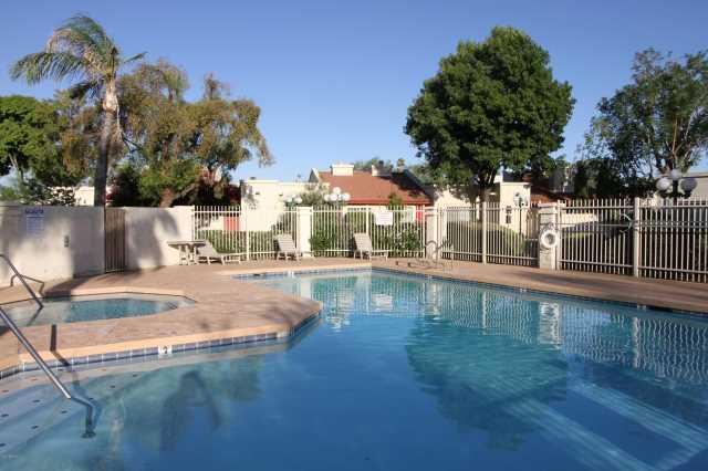 Photo of 633 W SOUTHERN Avenue #1120, Tempe, AZ 85282