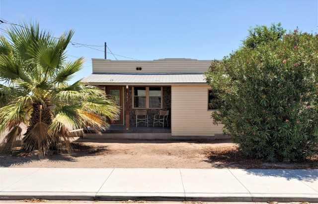 Photo of 307 E NELSON Avenue, Buckeye, AZ 85326