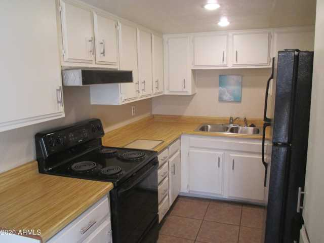 Photo of 4732 W ROSE Lane, Glendale, AZ 85301