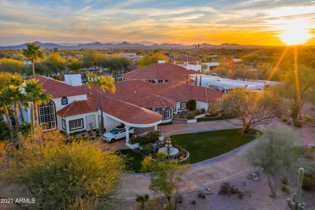 Photo of 8185 E Alameda Road, Scottsdale, AZ 85255