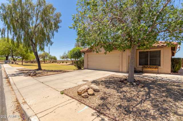 Photo of 3104 N COPENHAGEN Drive, Avondale, AZ 85392