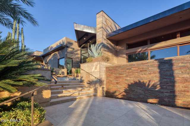 Photo of 7760 N FOOTHILL Drive S, Paradise Valley, AZ 85253