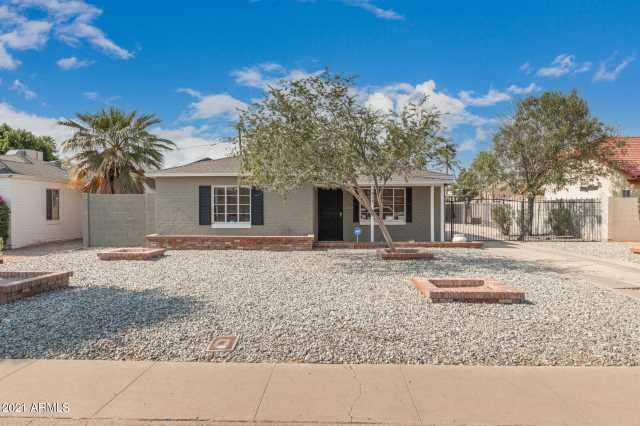 Photo of 828 W EARLL Drive, Phoenix, AZ 85013