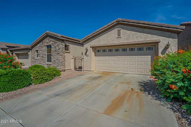 Photo of 4516 E DONATO Drive, Gilbert, AZ 85298