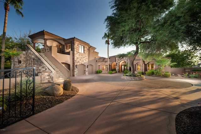 Photo of 2527 E BEECHNUT Court, Chandler, AZ 85249