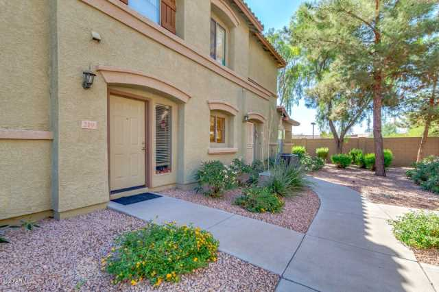 Photo of 2831 E SOUTHERN Avenue #219, Mesa, AZ 85204