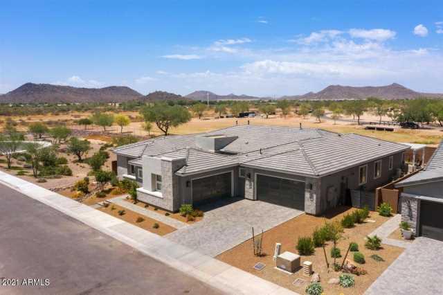 Photo of 2838 E CASHMAN Drive, Phoenix, AZ 85050