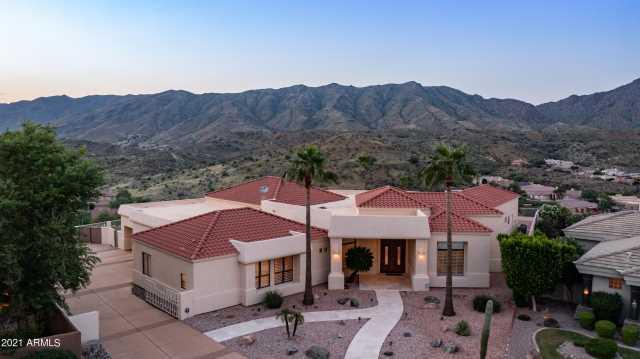 Photo of 15634 S 6TH Place, Phoenix, AZ 85048