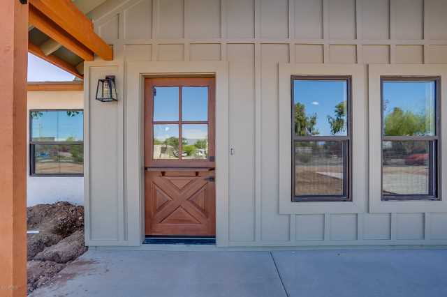 Photo of 373 E TREMAINE Drive, Chandler, AZ 85225