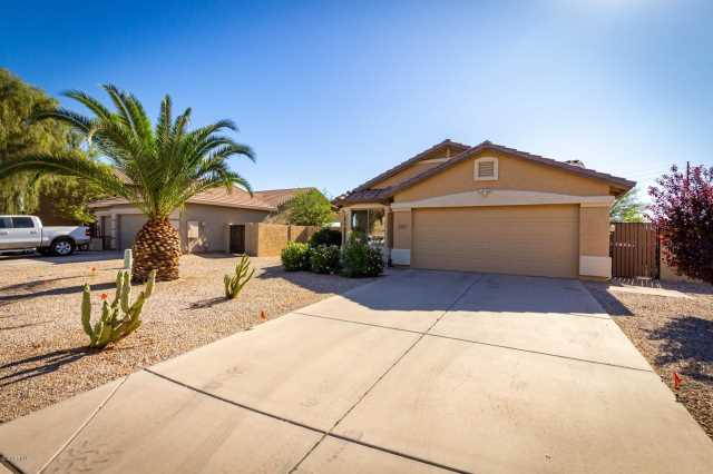 Photo of 2865 E SILVERBELL Road, San Tan Valley, AZ 85143