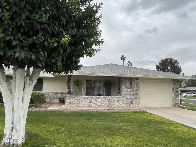 Photo of 9613 W OAK RIDGE Drive, Sun City, AZ 85351