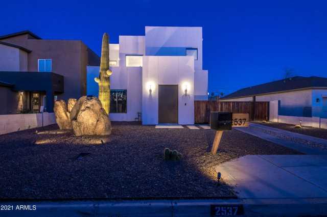 Photo of 2537 N 28TH Place, Phoenix, AZ 85008