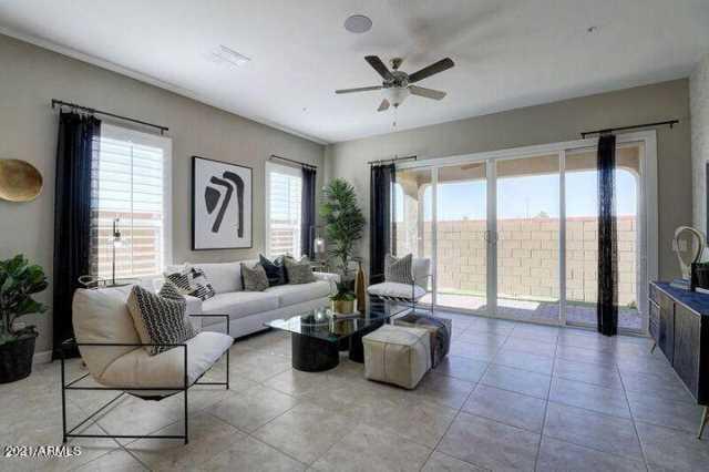 Photo of 1255 N ARIZONA Avenue #1213, Chandler, AZ 85225