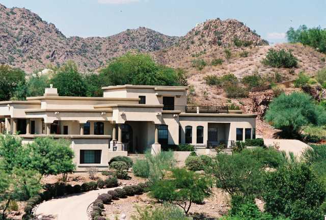 Photo of 3256 E PALO VERDE Drive, Paradise Valley, AZ 85253