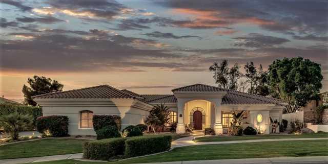 Photo of 1212 W ISLAND Drive, Chandler, AZ 85248