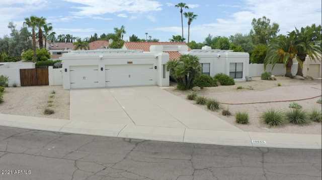 Photo of 10665 E ARABIAN PARK Drive, Scottsdale, AZ 85258