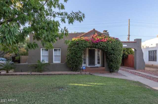 Photo of 1322 W LYNWOOD Street, Phoenix, AZ 85007