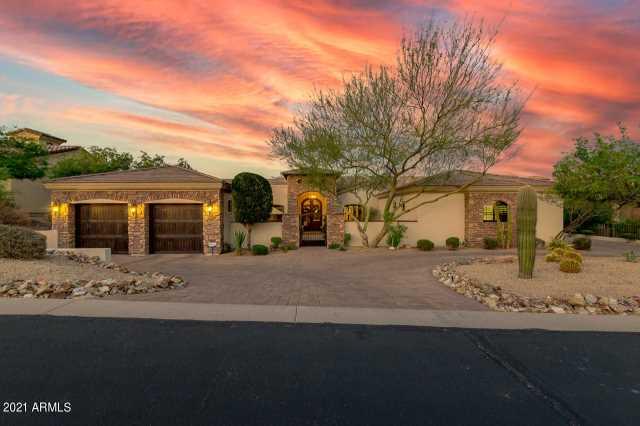 Photo of 3241 N PIEDRA Circle, Mesa, AZ 85207