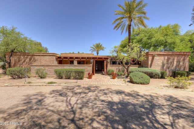 Photo of 6342 E MAVERICK Road, Paradise Valley, AZ 85253