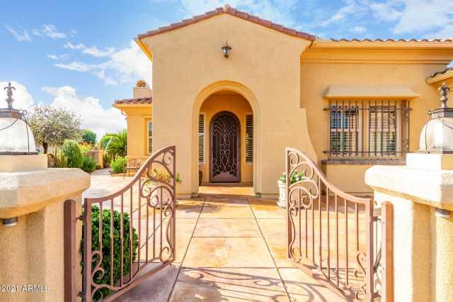 Photo of 13203 W LOS BANCOS Drive, Sun City West, AZ 85375