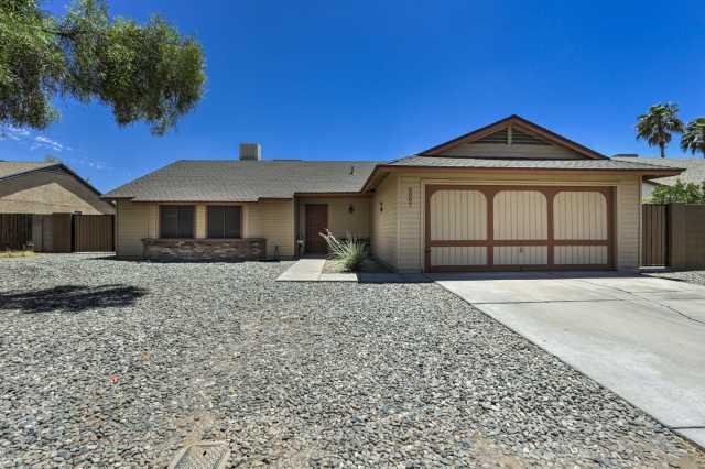 Photo of 6007 W HARMONT Drive, Glendale, AZ 85302