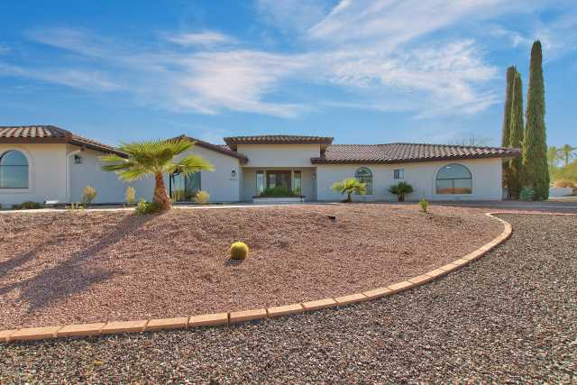 Photo of 16763 E GREENBRIER Lane, Fountain Hills, AZ 85268