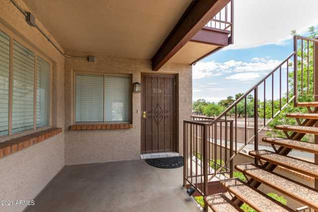 Photo of 17 E RUTH Avenue #224, Phoenix, AZ 85020