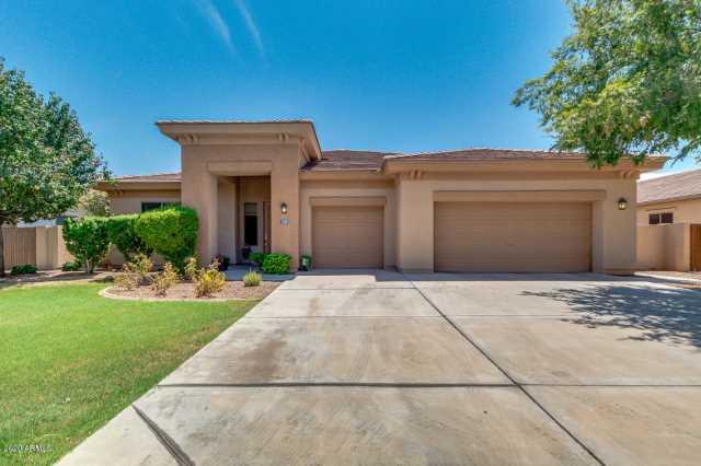 Photo of 1025 W LAREDO Avenue, Gilbert, AZ 85233